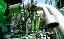 This view gives a good look of the headers feeding into the turbo and wastegate here on the airboat.<br><p><br></p>
